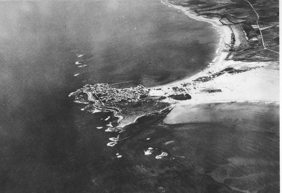 Aerial photo of Tyre taken circa 1934.